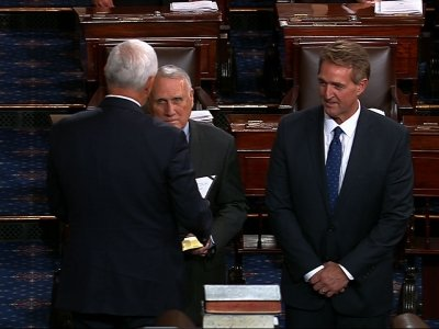 Arizona's Kyl sworn in to fill McCain's seat