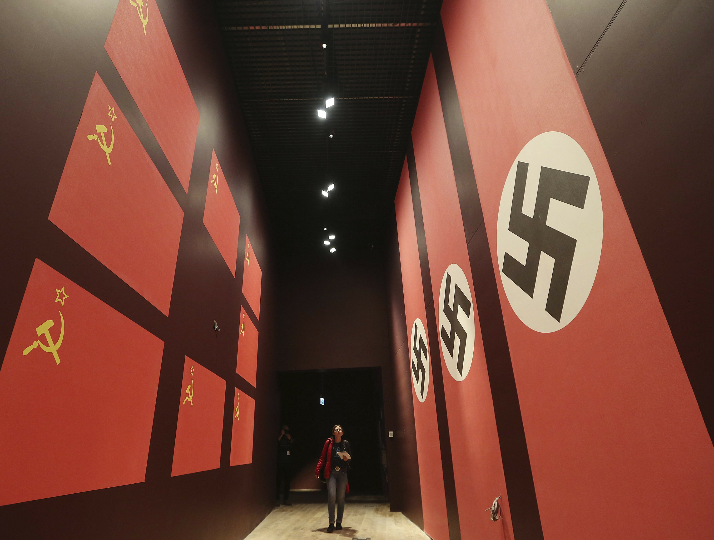 Fate of Polish WWII museum unclear amid battle over history