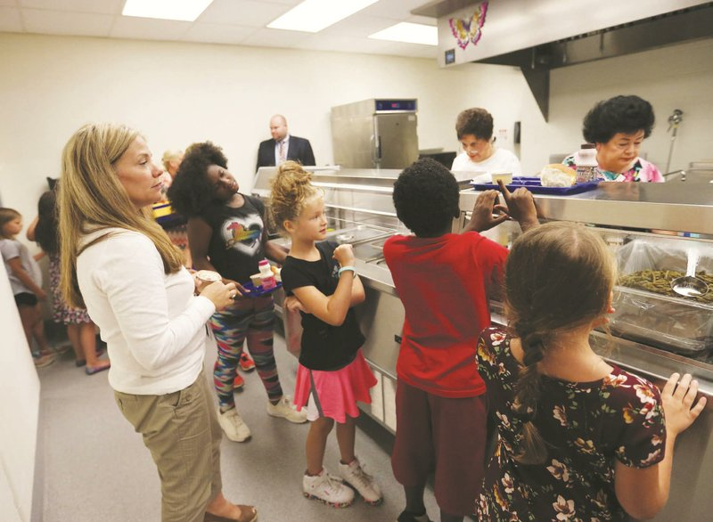 Free meal program increases productivity and attendance