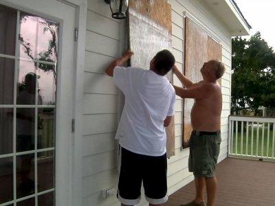 Mississippi prepares for Tropical Storm Gordon