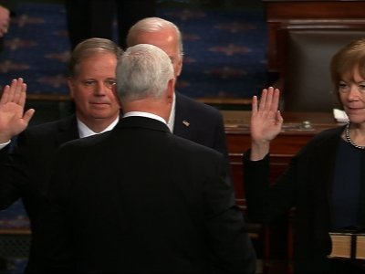 2 Senate Democrats Sworn In, Narrow GOP Majority