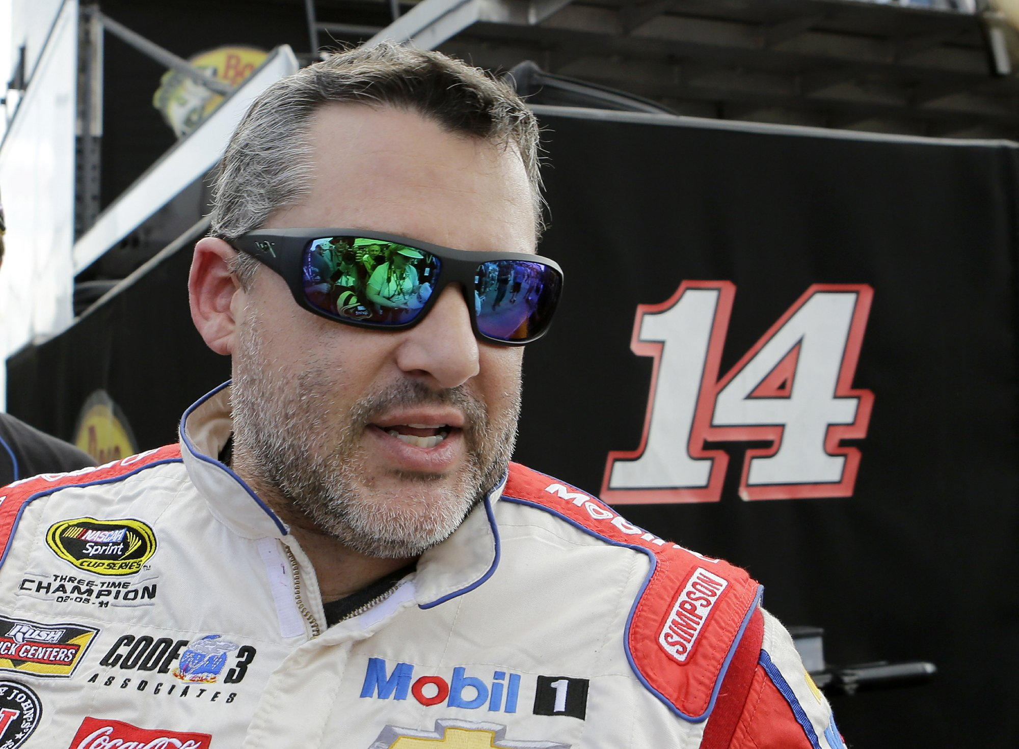 Only on AP: Tony Stewart reconsidering return to Indy 500