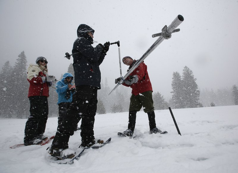 California's robust mountain snowpack boosts flood concerns