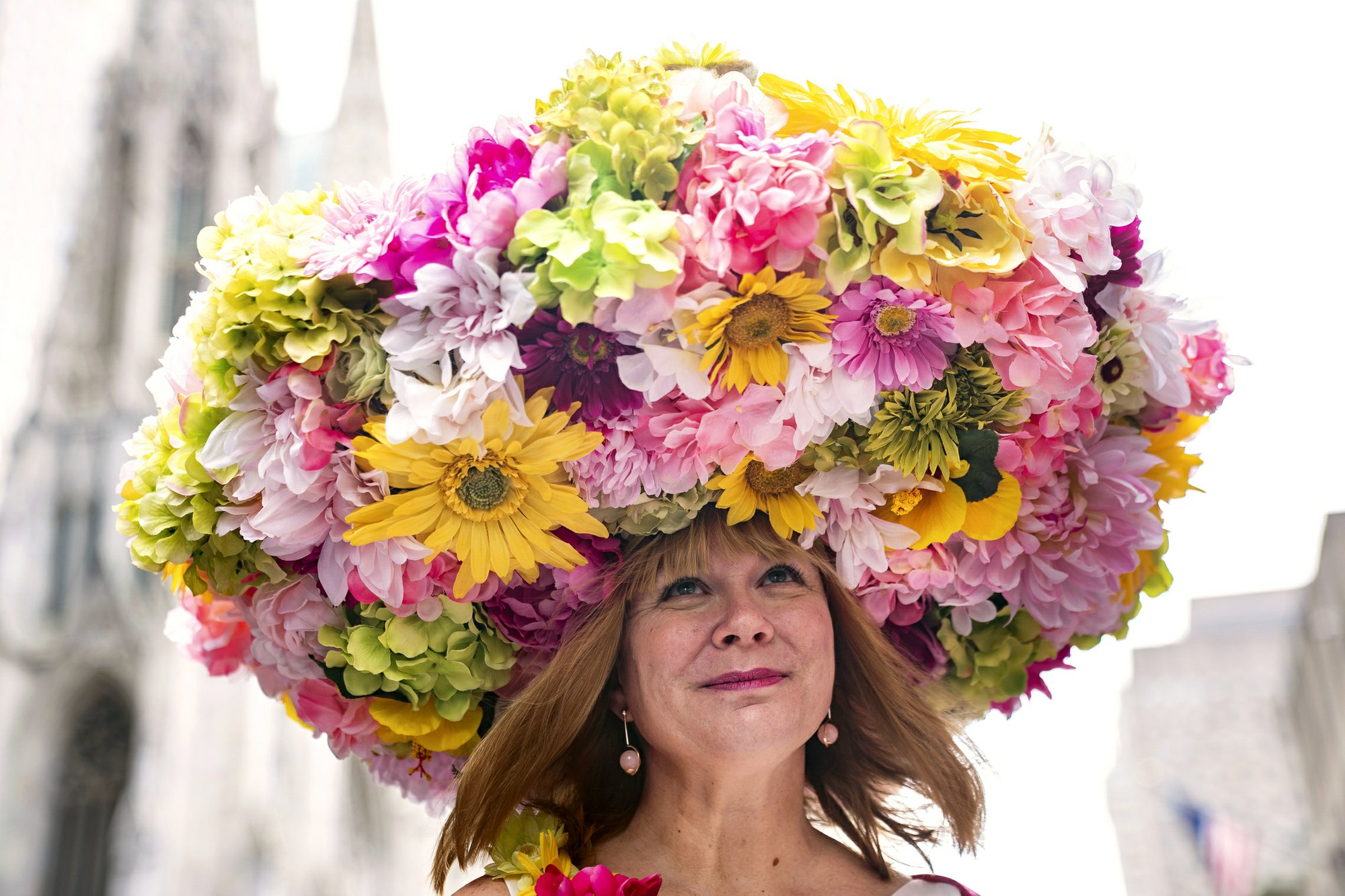 Bonnets, costumes on display at NYC's Easter Parade
