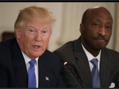 Trump Disbands WH Advisory Panels as CEOs Flee
