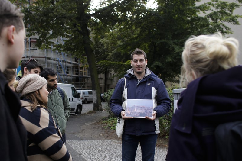 Berlin Through New Eyes Syrian Refugees Offer Guided Tours