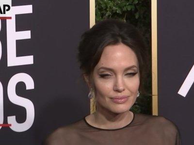 Stars show solidarity at Golden Globes