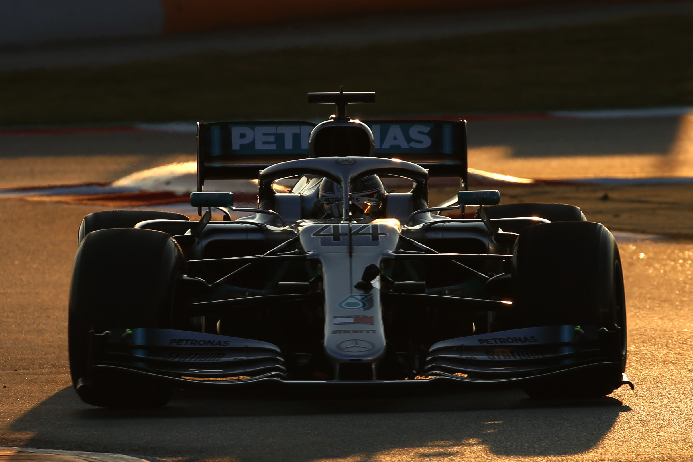 Financial questions hound 2 of F1's 3 races in North America