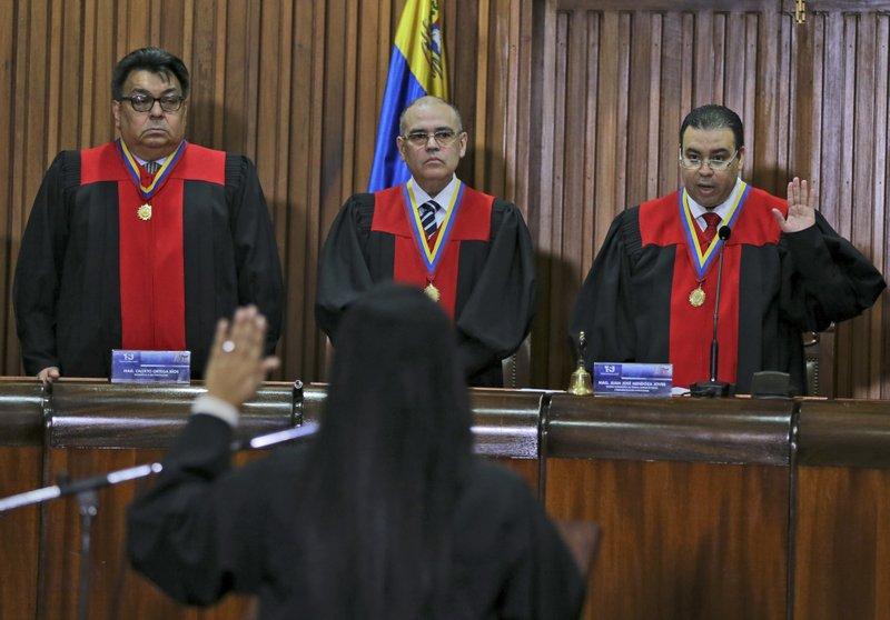 Juan Jose Mendoza, Calixto Ortega, Arcadio Delgado, Katherine Harrington