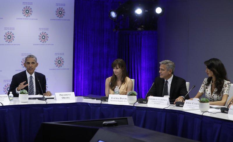 Barack Obama, Amal Clooney, George Clooney, Larua Davis
