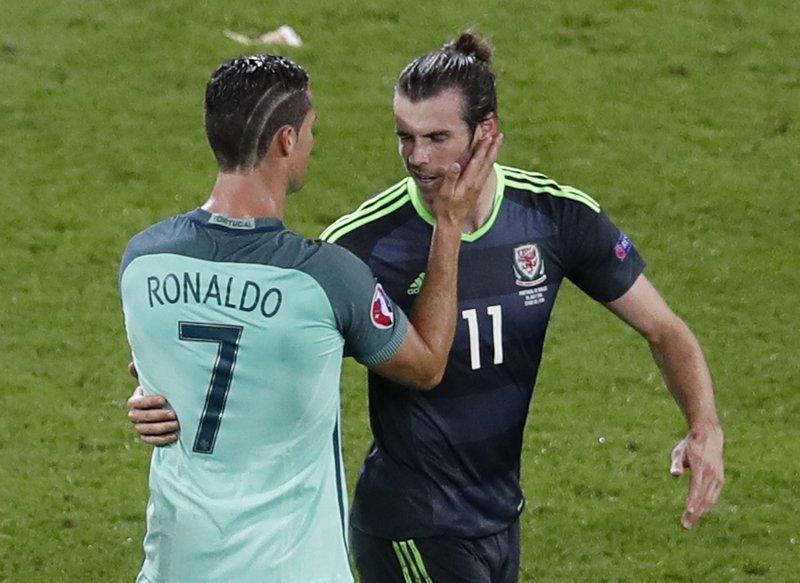 sale retailer d5523 e3a9a Ronaldo wins Bale duel to reach second final with Portugal