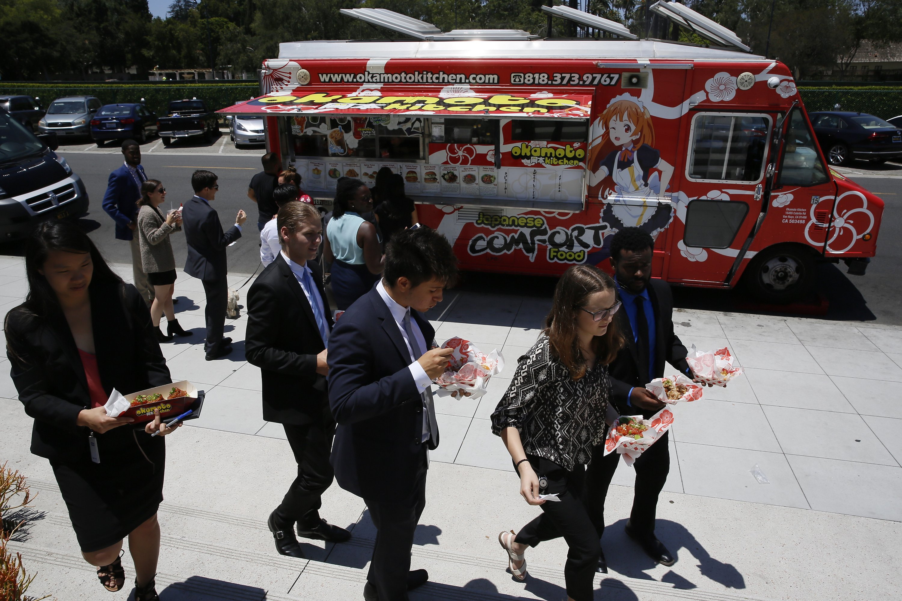 Food Truck Evolution Owners Strategize As Novelty Wears Off