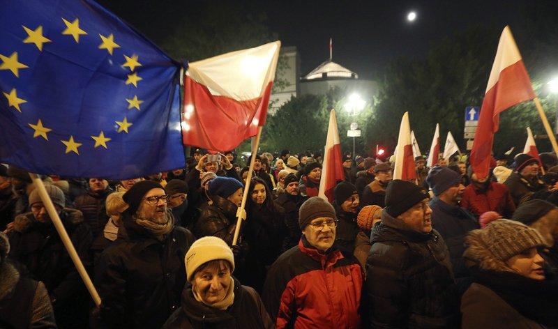 Картинки по запросу Блокування сейму у Польщі