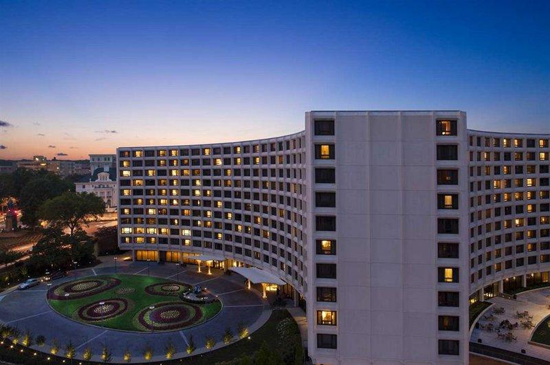 Hilton Offers Metropolitan Washington Hotel Package for Fall