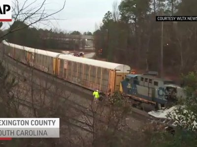 NTSB: Amtrak Train 'Locked' on Wrong Track