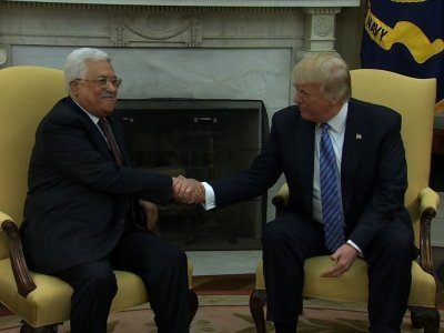 Trump Welcomes Abbas to WH, Hopes for Peace Deal