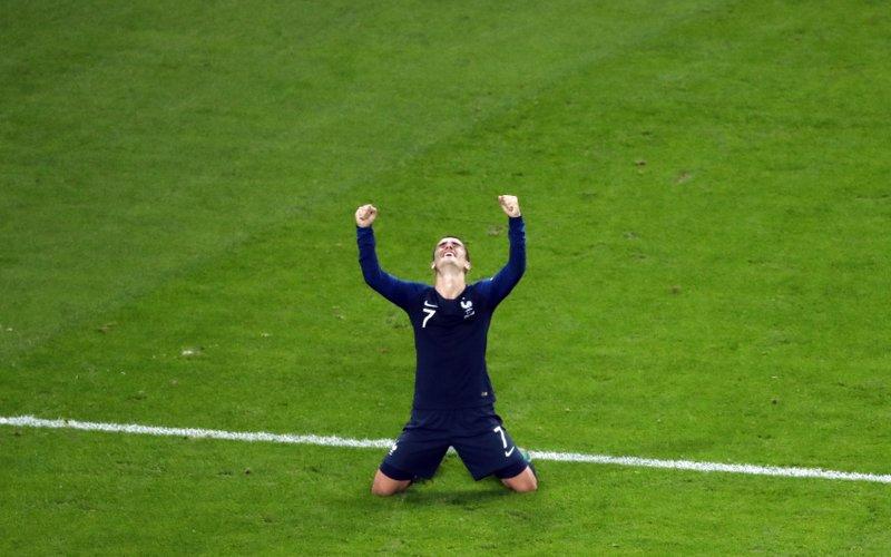 9acb002acc7 Vive la France  Les Bleus advance to World Cup final