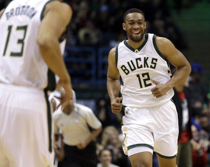 Antetokounmpo scores 39, Bucks beat Wizards 123-96 Jabari Parker Shooting
