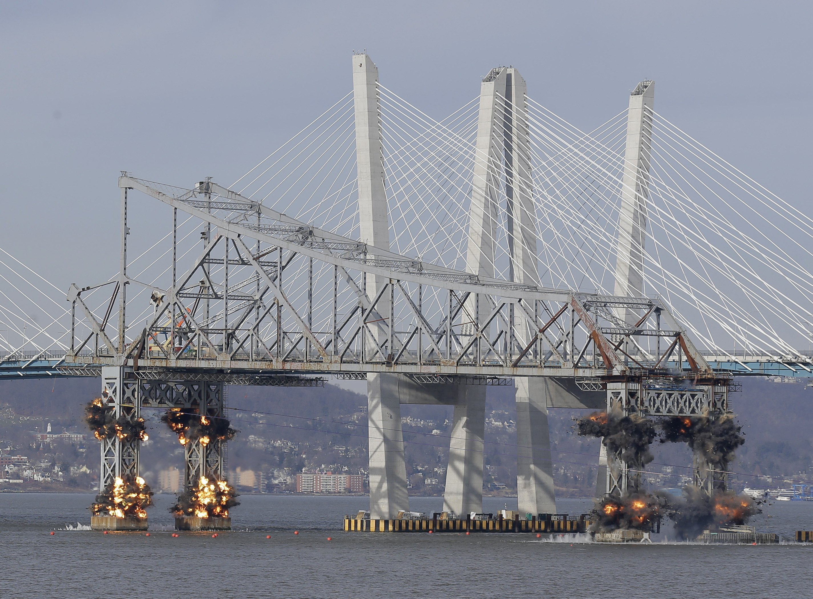 Chunk of Tappan Zee Bridge is demolished with explosives