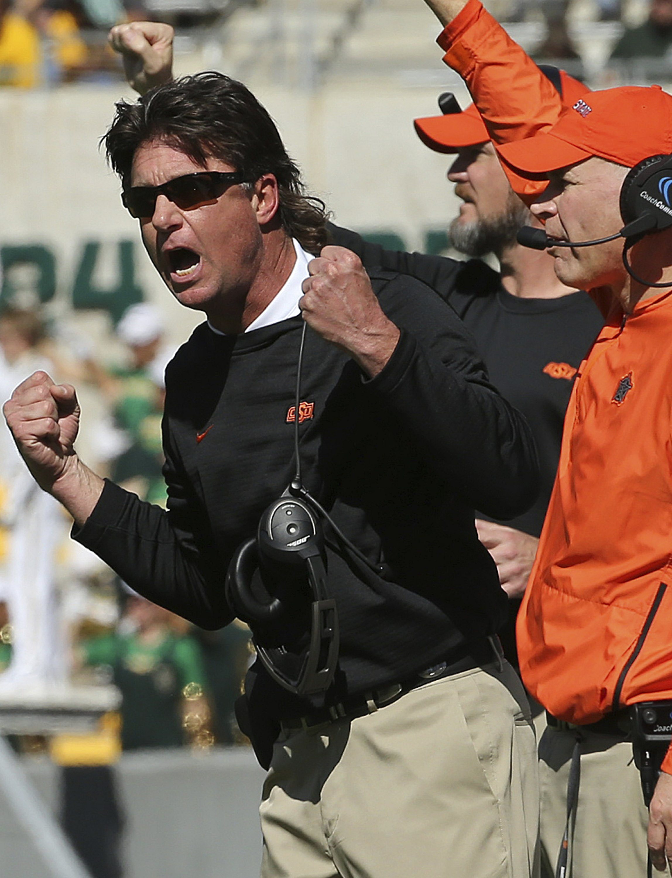 Gundy Oklahoma State May Bench Players Over Bad Penalties