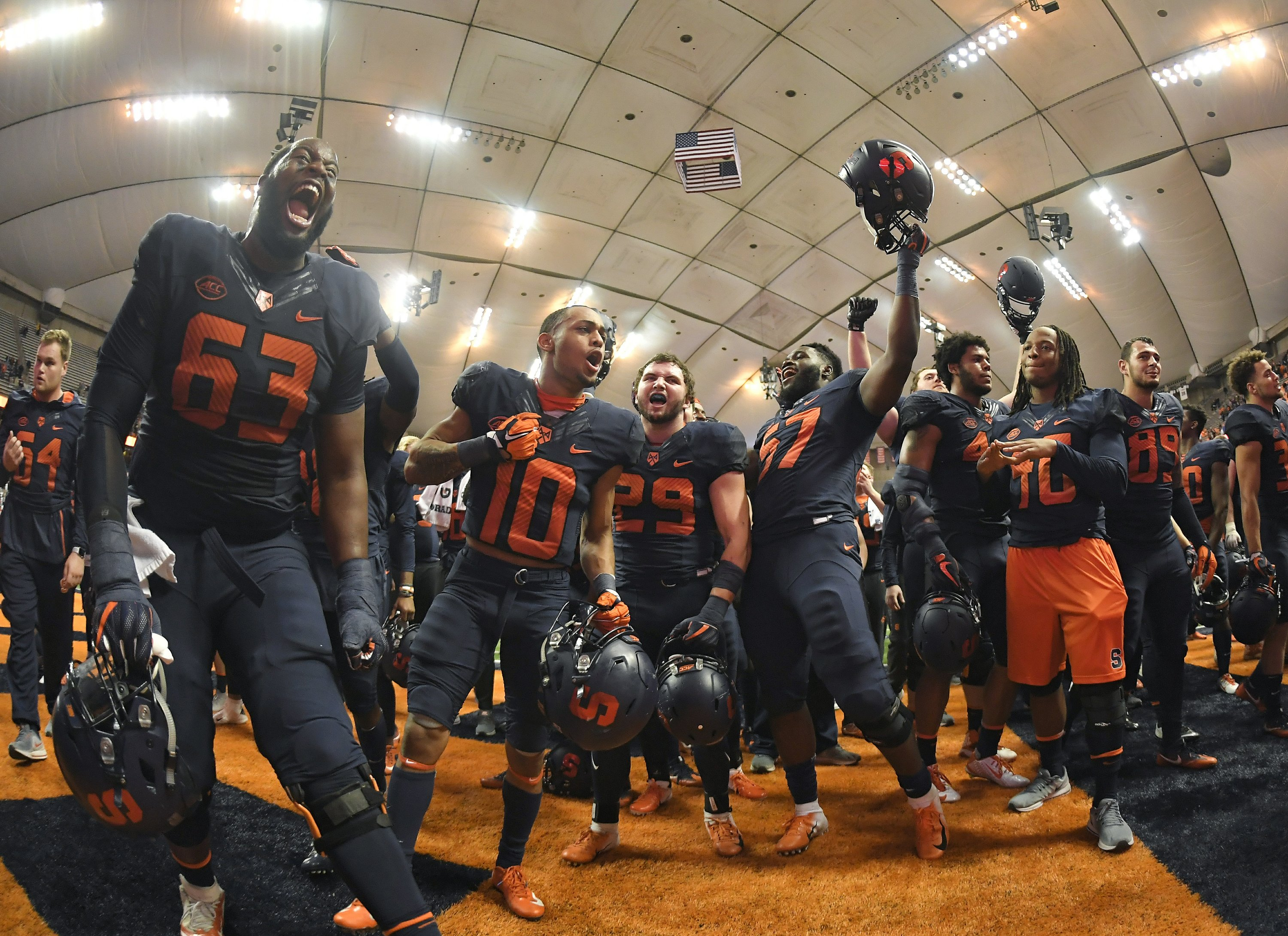No. 22 Syracuse looks to keep rolling at Wake Forest