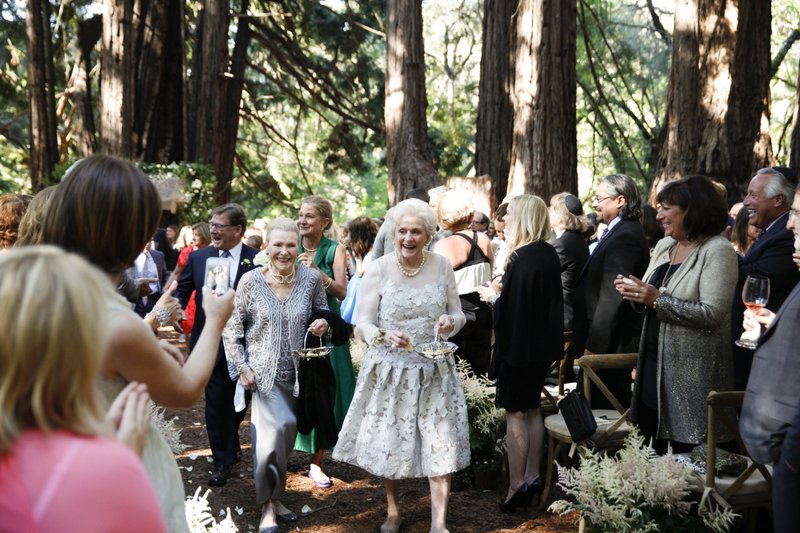 Brides find non-traditional ways to celebrate grandparents Invite your grandmas to be your flower girls