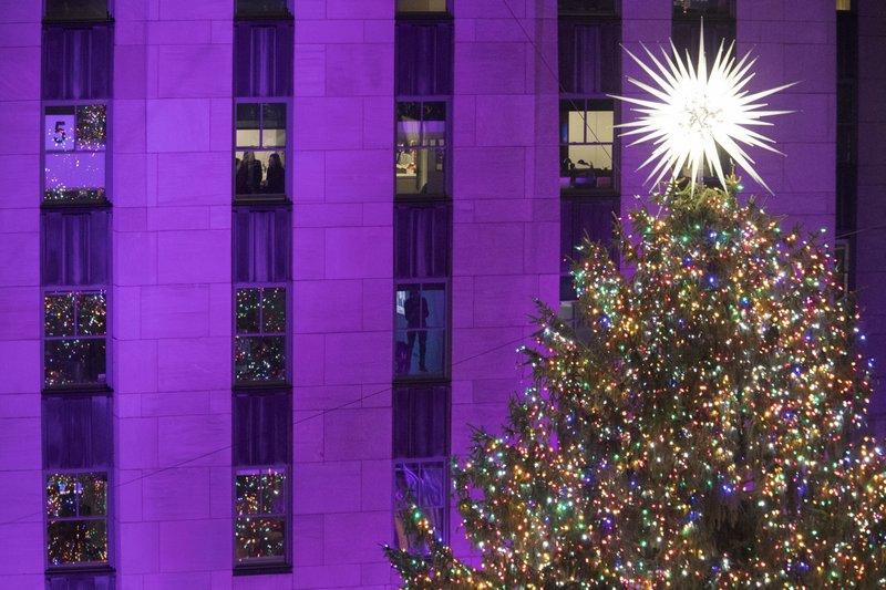 Rockefeller Center lights Christmas tree