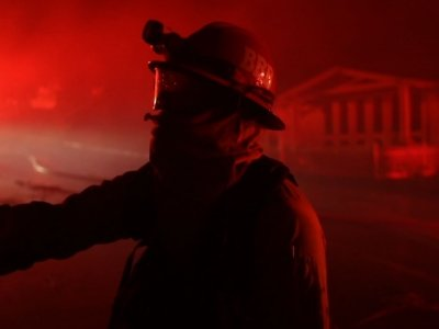 Fire Near San Diego Destroys 20 Structures
