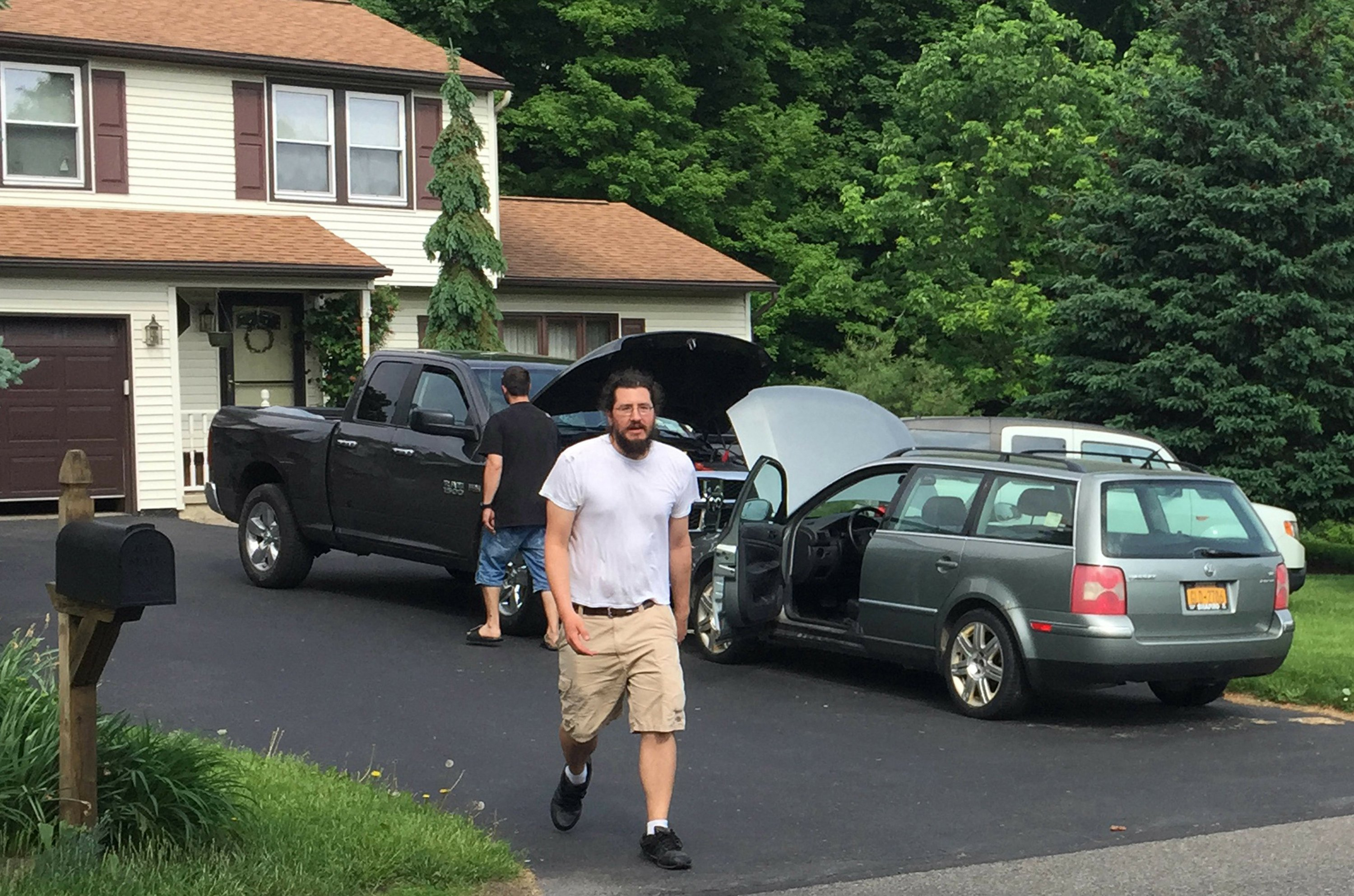 30-year-old leaves parents' home with help from Alex Jones