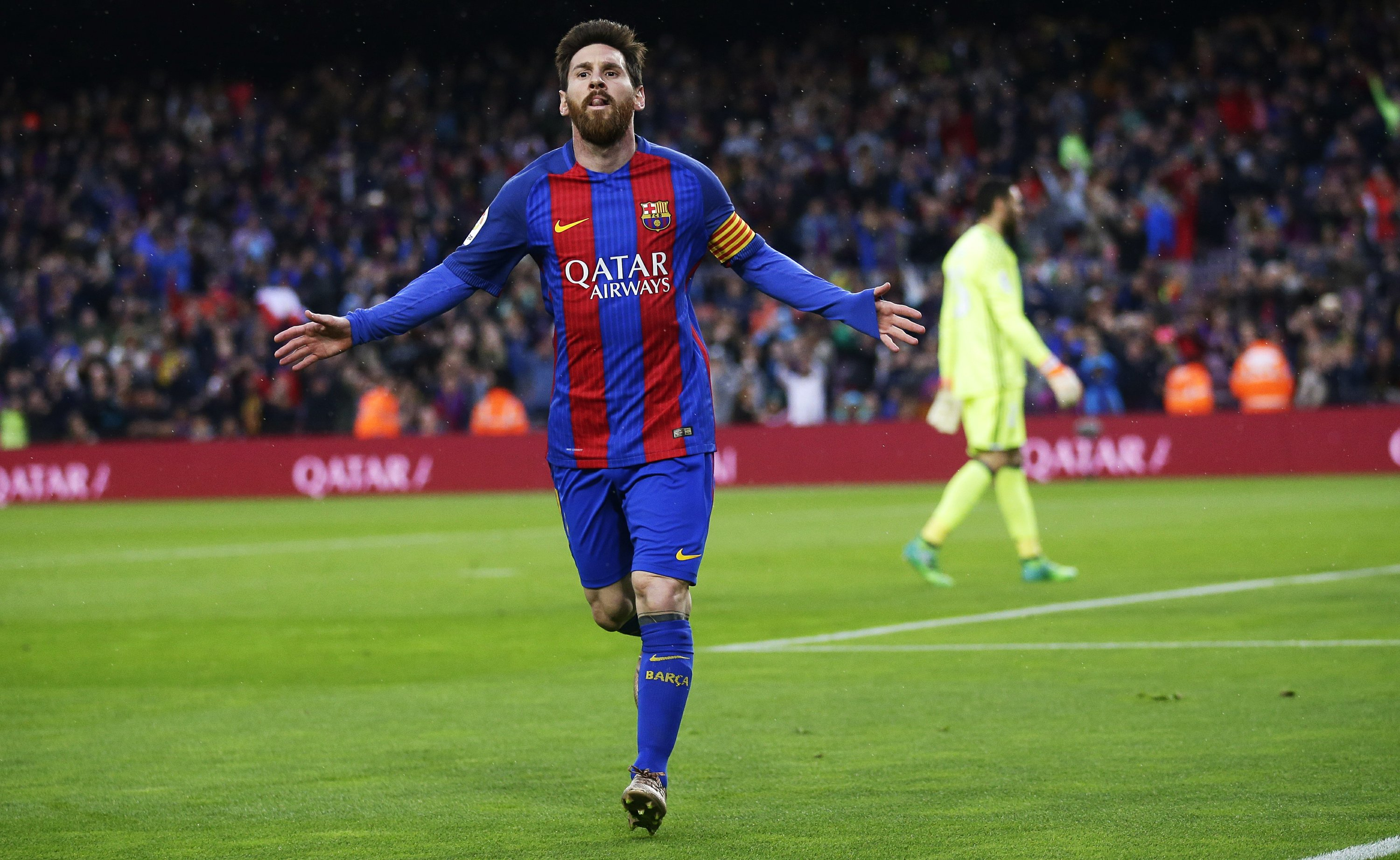 new product 0447d 2df39 Messi leads Barcelona to 7-1 victory; Real Madrid wins 6-2