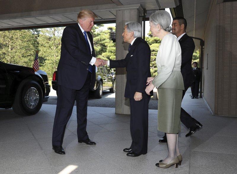 Donald Trump, Akihito, Michiko