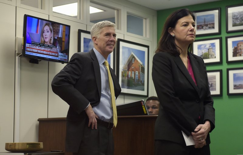 Kelly Ayotte, Neil Gorsuch