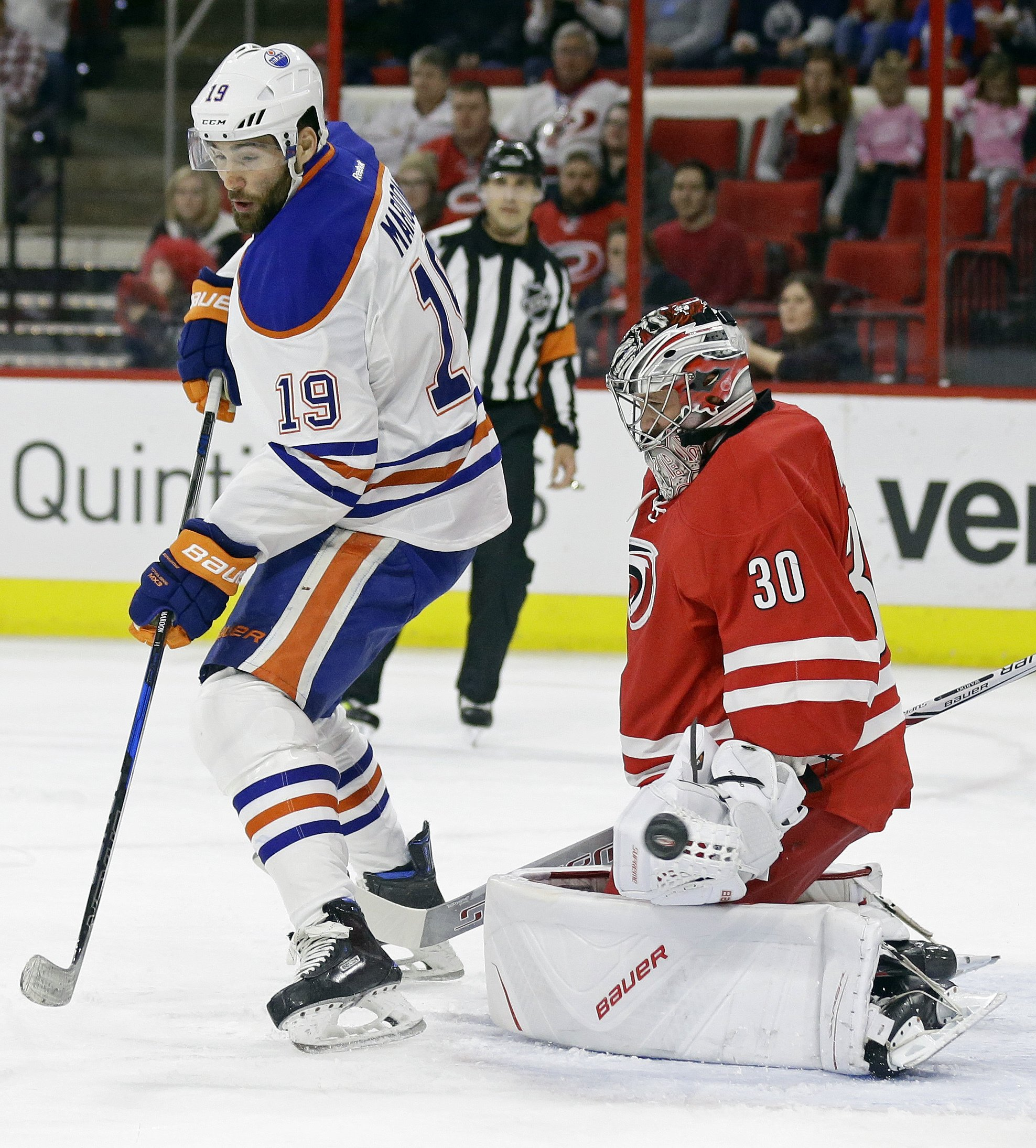 Aho scores winning goal to lead Hurricanes past Oilers 2-1 6d64f8595