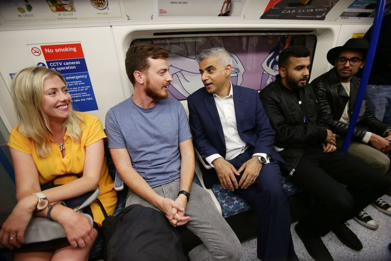 Overnight subway service in London to serve 50,000 a weekend