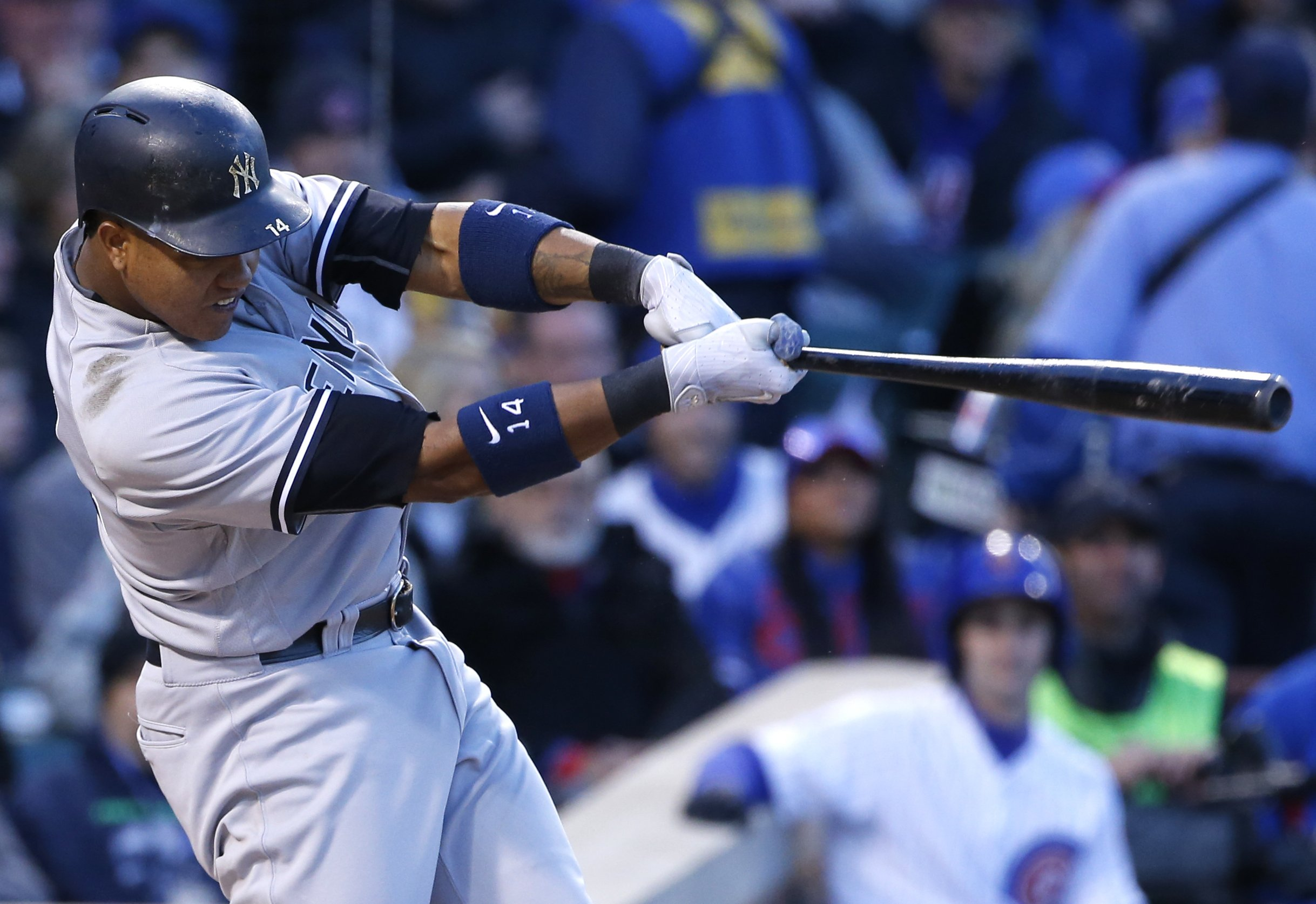 finest selection d1090 34613 Starlin Castro helps Yankees to 11-6 win over Cubs