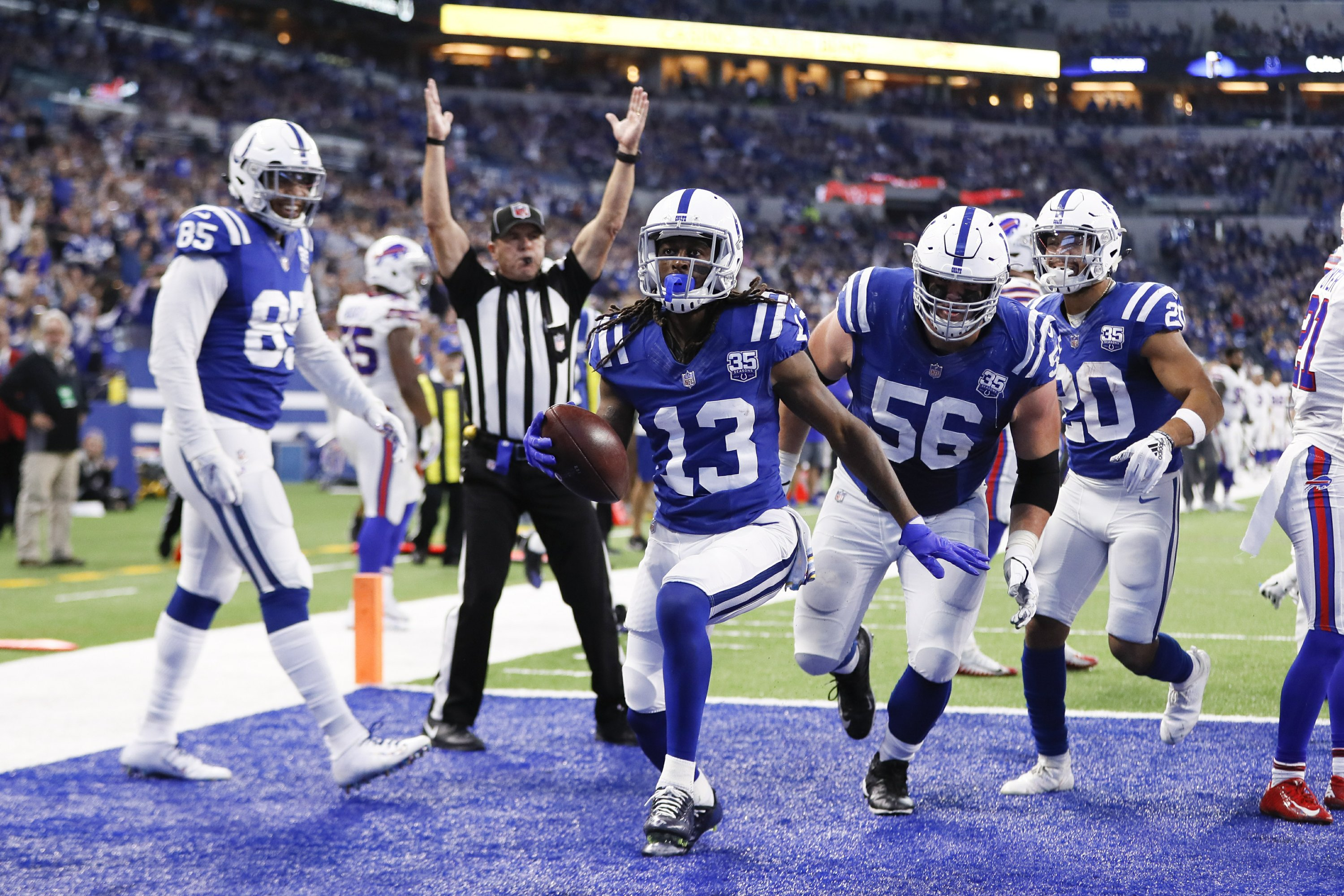 acf5b037 Colts, Luck use efficient air show to blow out Bills 37-5