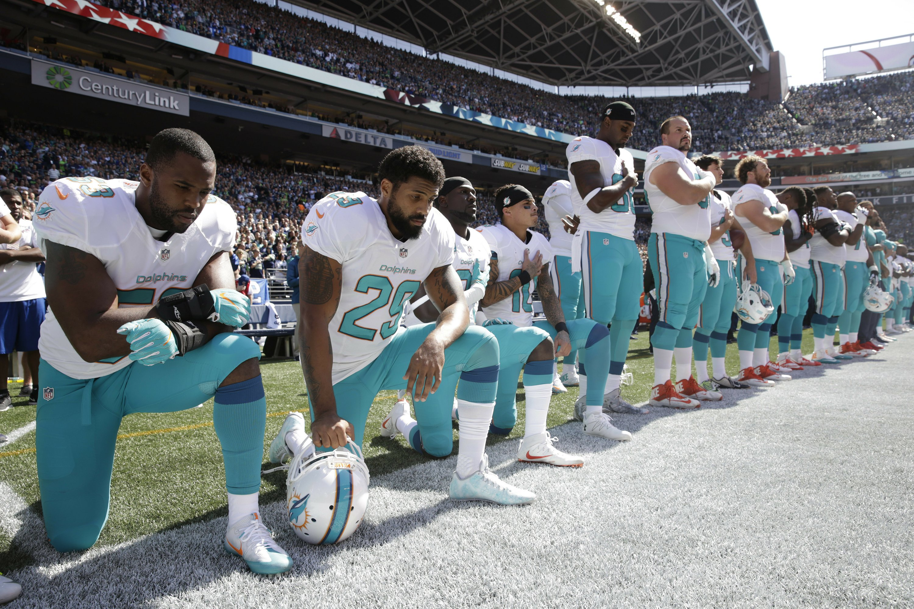 The Latest: NFL, NFLPA working on anthem resolution