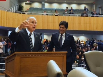 California Gov. Brown Pleads For Climate Law