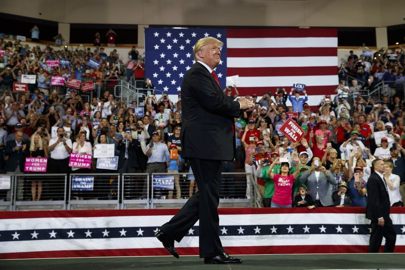 Image result for photos trump campaigning in pennsylvania