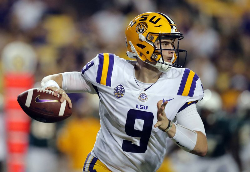 separation shoes a9dfa c58d6 No. 6 LSU buoyed by Burrow's intangibles, if not his stats