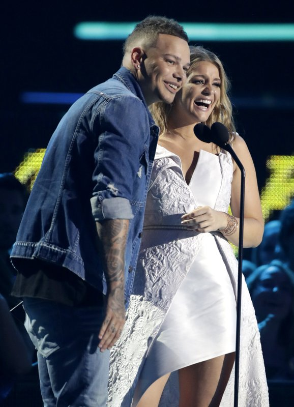 Kane Brown, Lauren Alaina