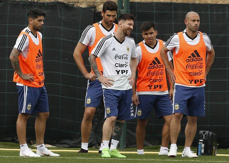 Ever Banega, Federico Fazio, Lionel Messi, Marcos Acuna, Javier Mascherano