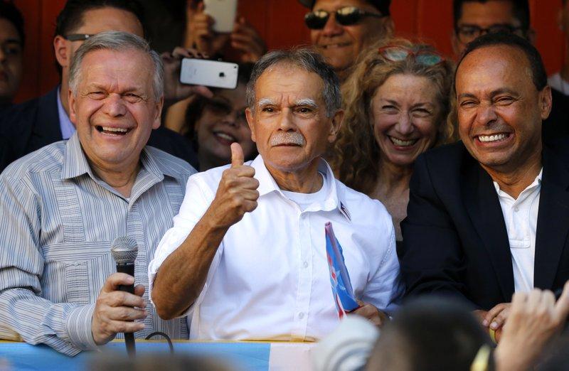 Oscar Lopez Rivera, Jose Lopez Rivera, Luis Gutierrez