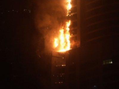 Raw: Flames Engulf Skyscraper in Dubai