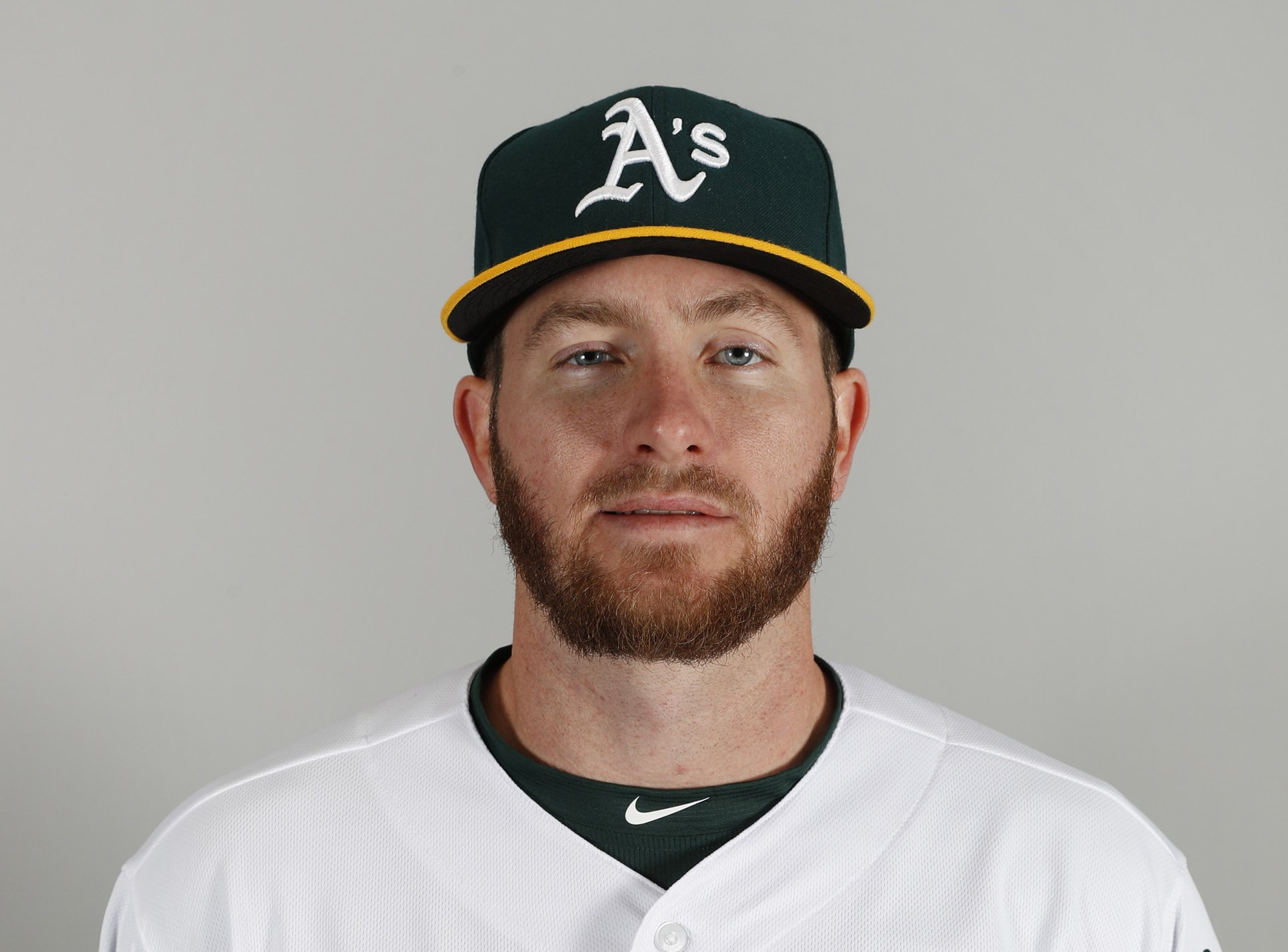 A's looking at Robbie Grossman as potential leadoff man