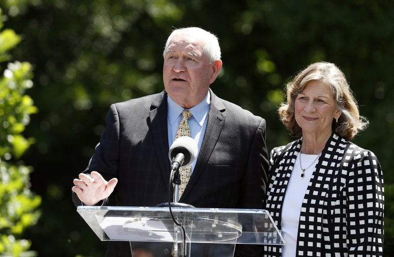 Sonny Perdue, Mary Perdue