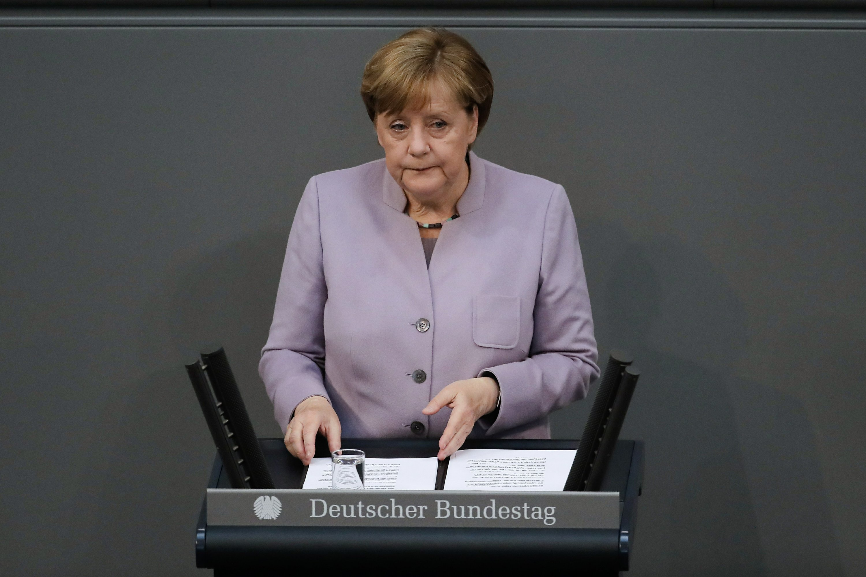 Merkel: Britain should hold no illusions exit will be easy
