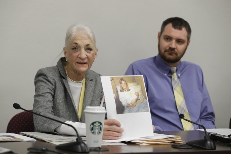 Indiana doctor's offspring pushing state fertility fraud law