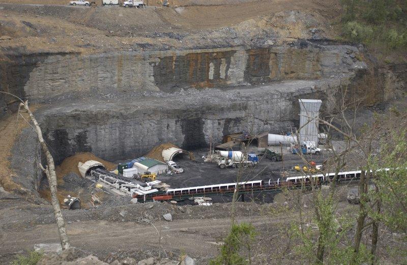 Feds: Kentucky coal mine supervisors cheated on dust samples