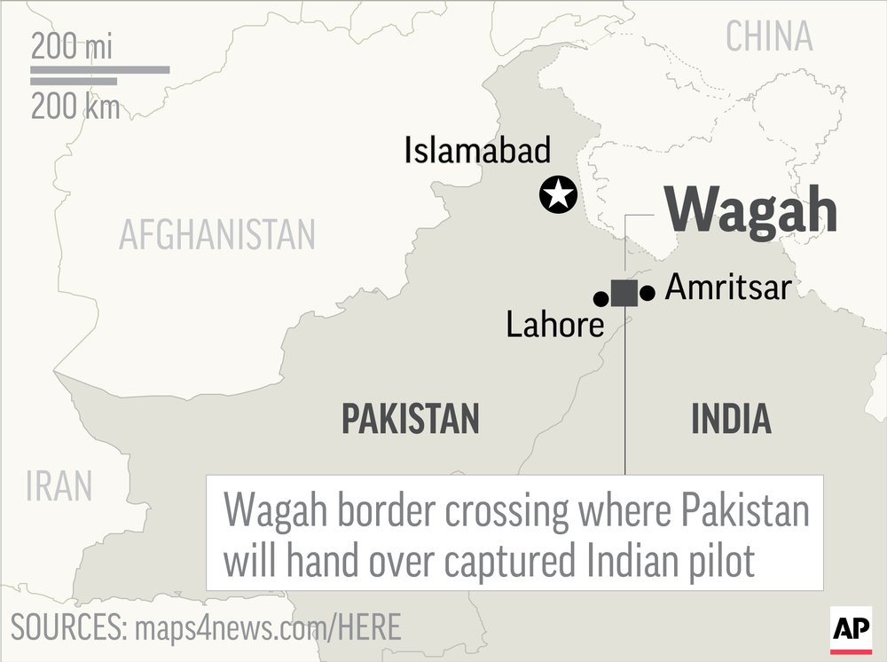 Pakistan takes captured pilot to border for handover to India